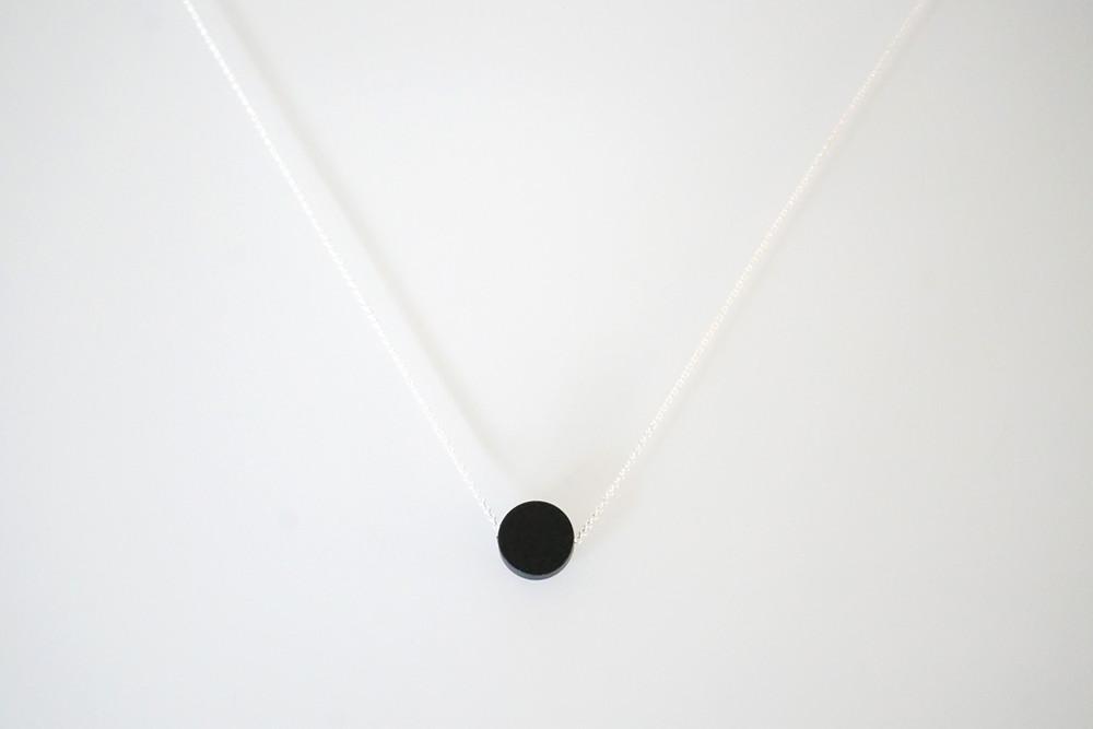 Kette Silber runder Anhänger Scheibe schwarz - 3