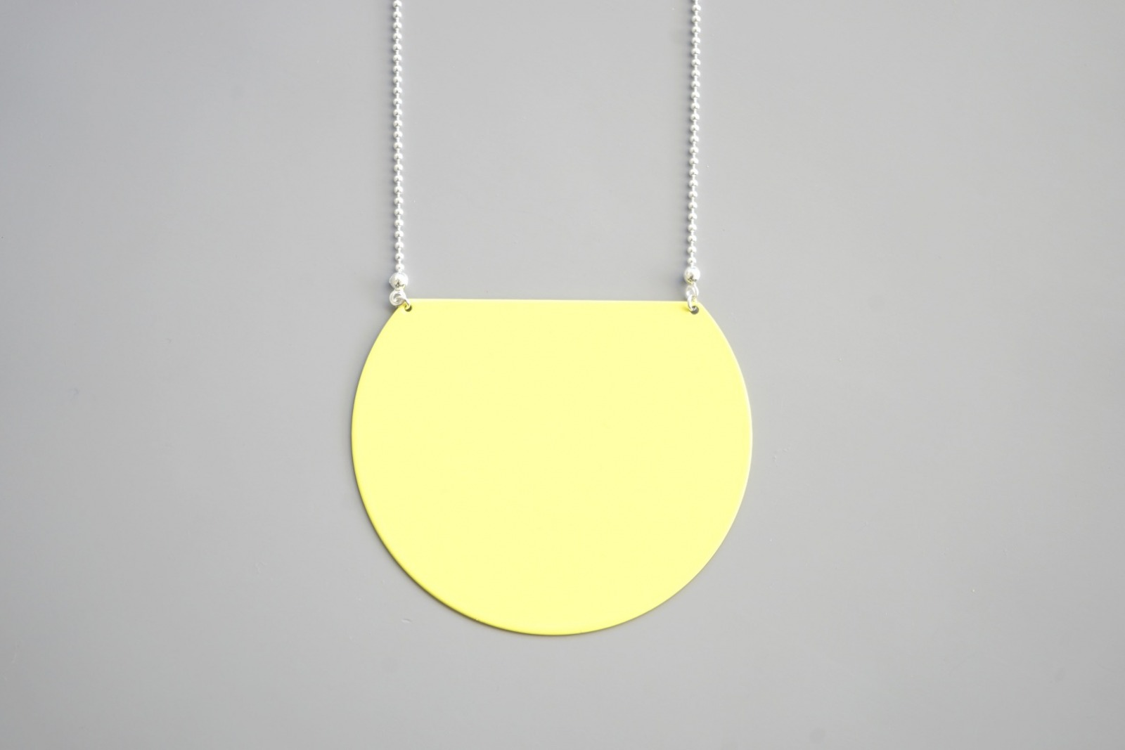 Statement Kette geometrisch gelb 2