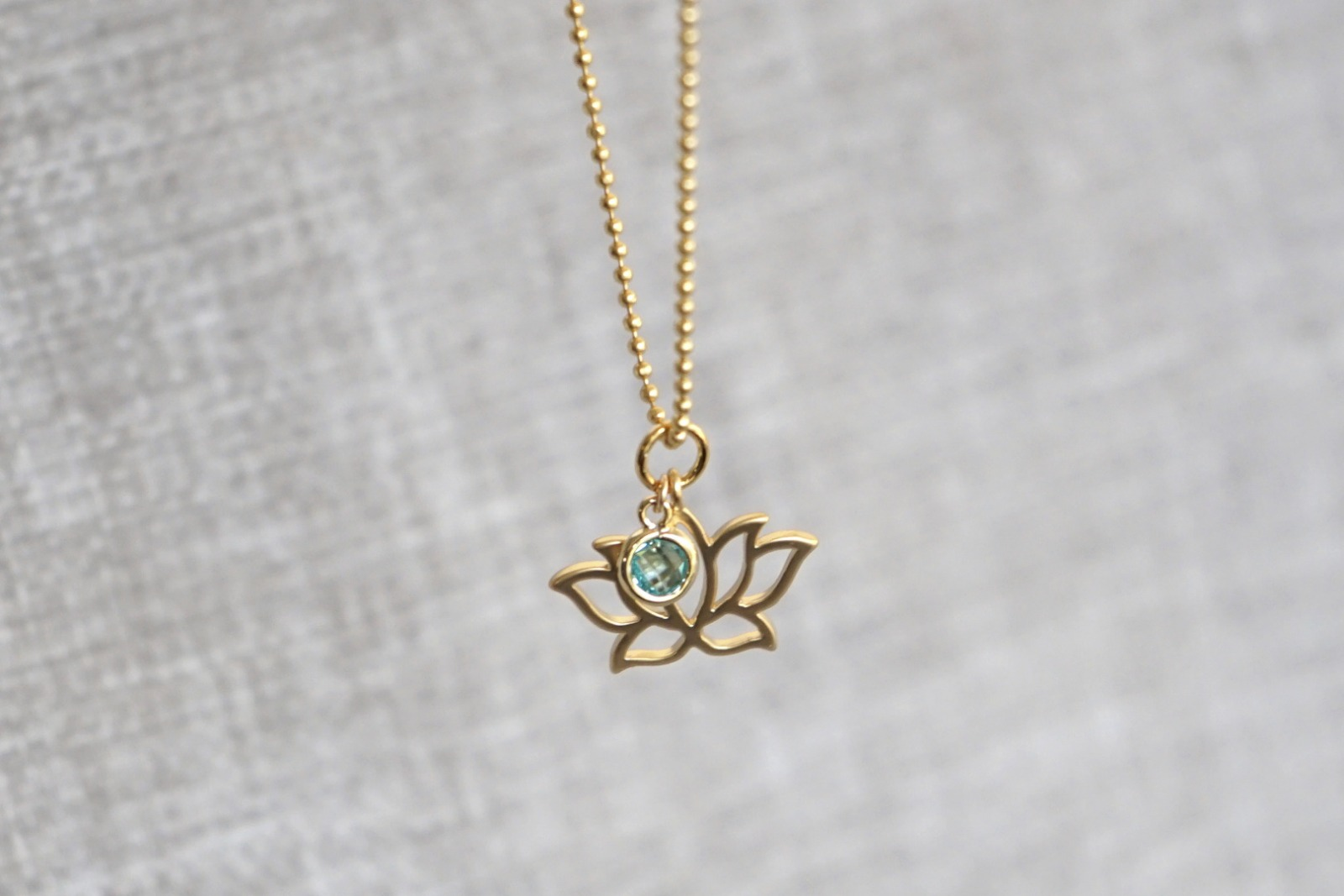 Kugelkette mit Lotusblüte und Kristall türkis - 2