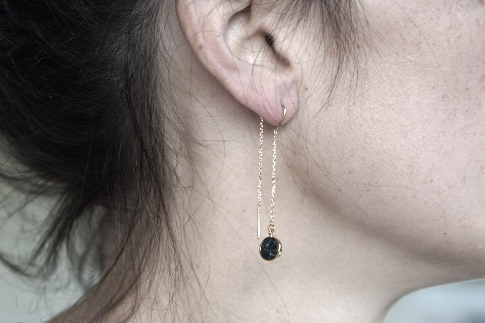 Lange Ohrhänger Kettchen Marmorlook Howlith schwarz