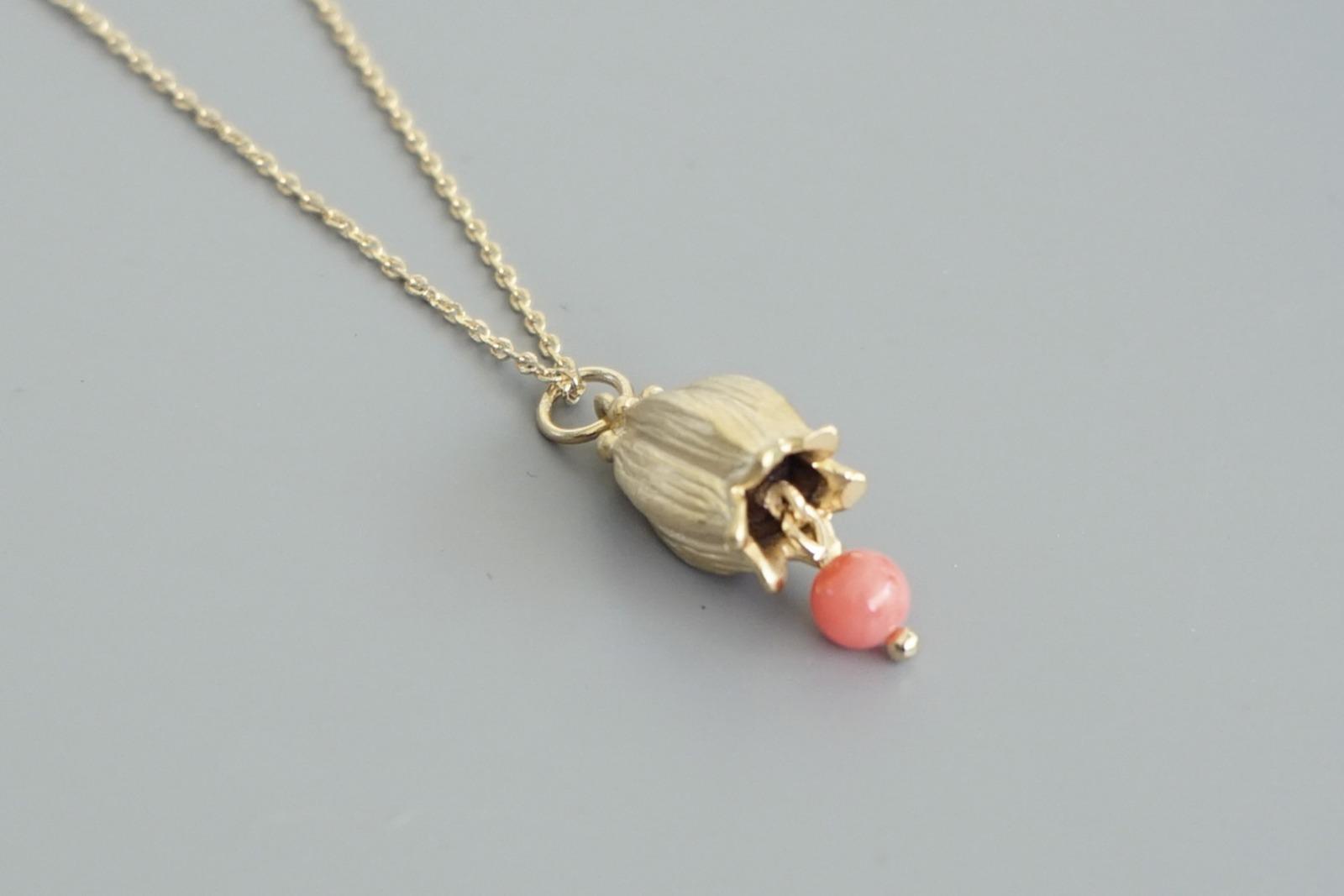 Kette vergoldet mit Glockenblume und rosa Koralle - 2