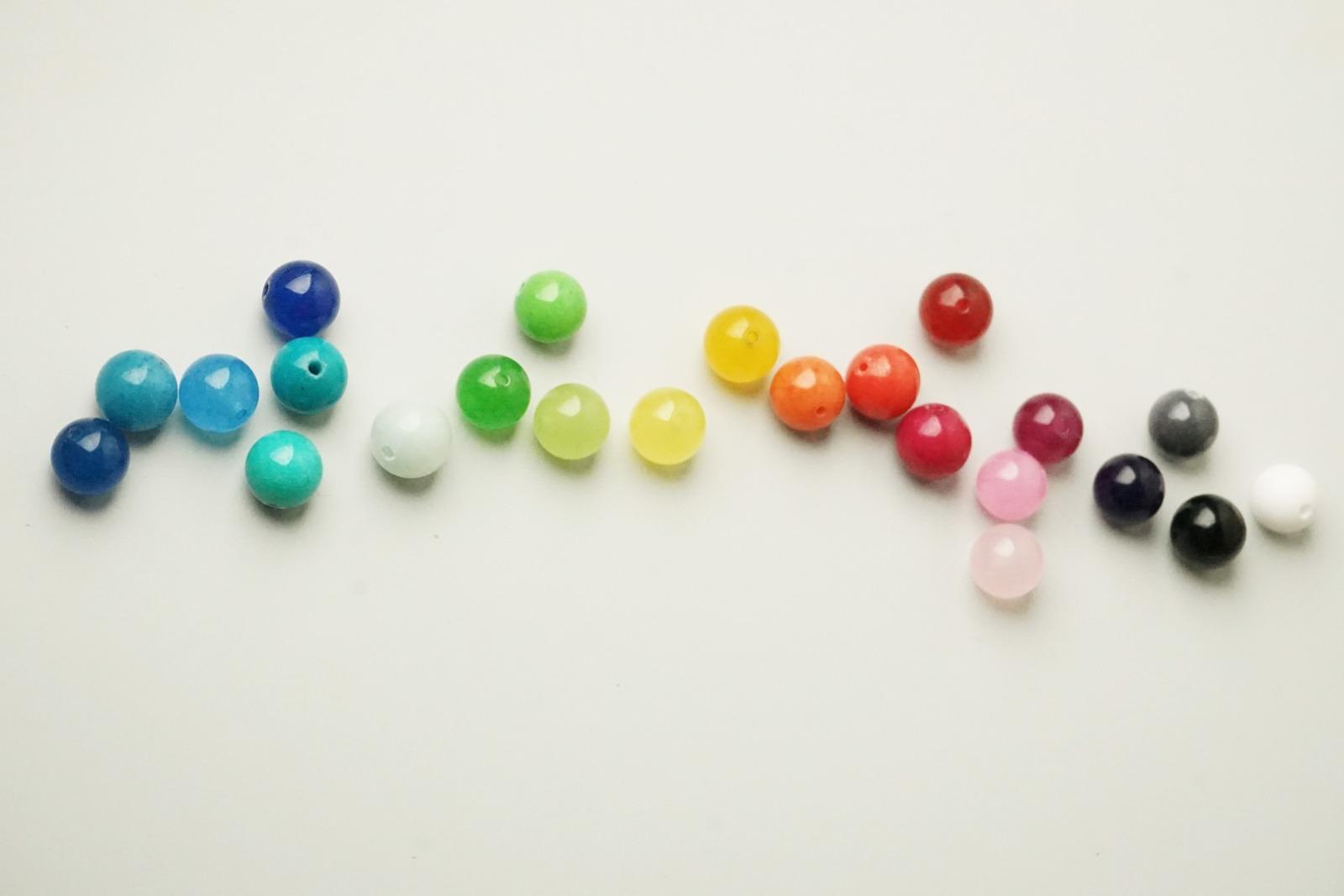 Silberne Kugelkette mit Farbverlauf aus vier
