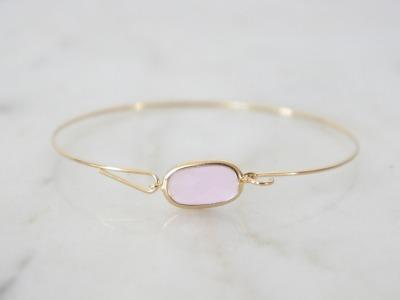 Zarter Amreif vergoldet mit Stein rosa