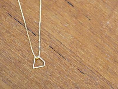 Kette vergoldet mit geometrischem Anhänger Diamant