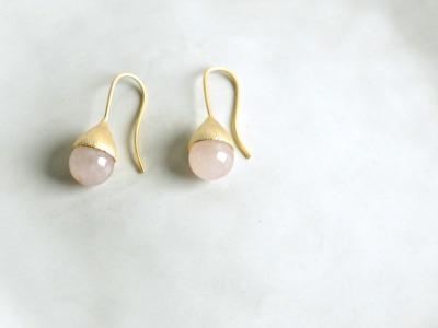 Ohrhänger Hütchen vergoldet mit Perle Rosenquarz