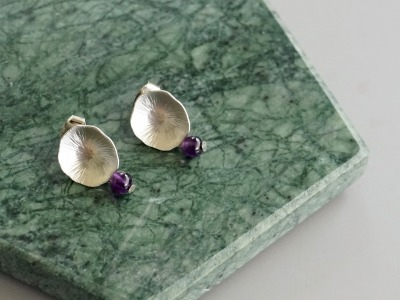 Ohrringe Ohrstecker Lotusblatt silber mit Perle