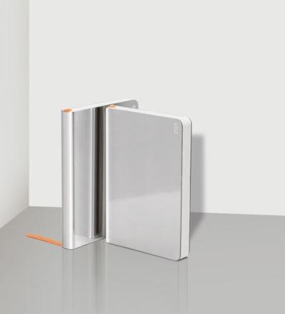 Weekly Diary 2020 Shiny Silver S - NUUNA
