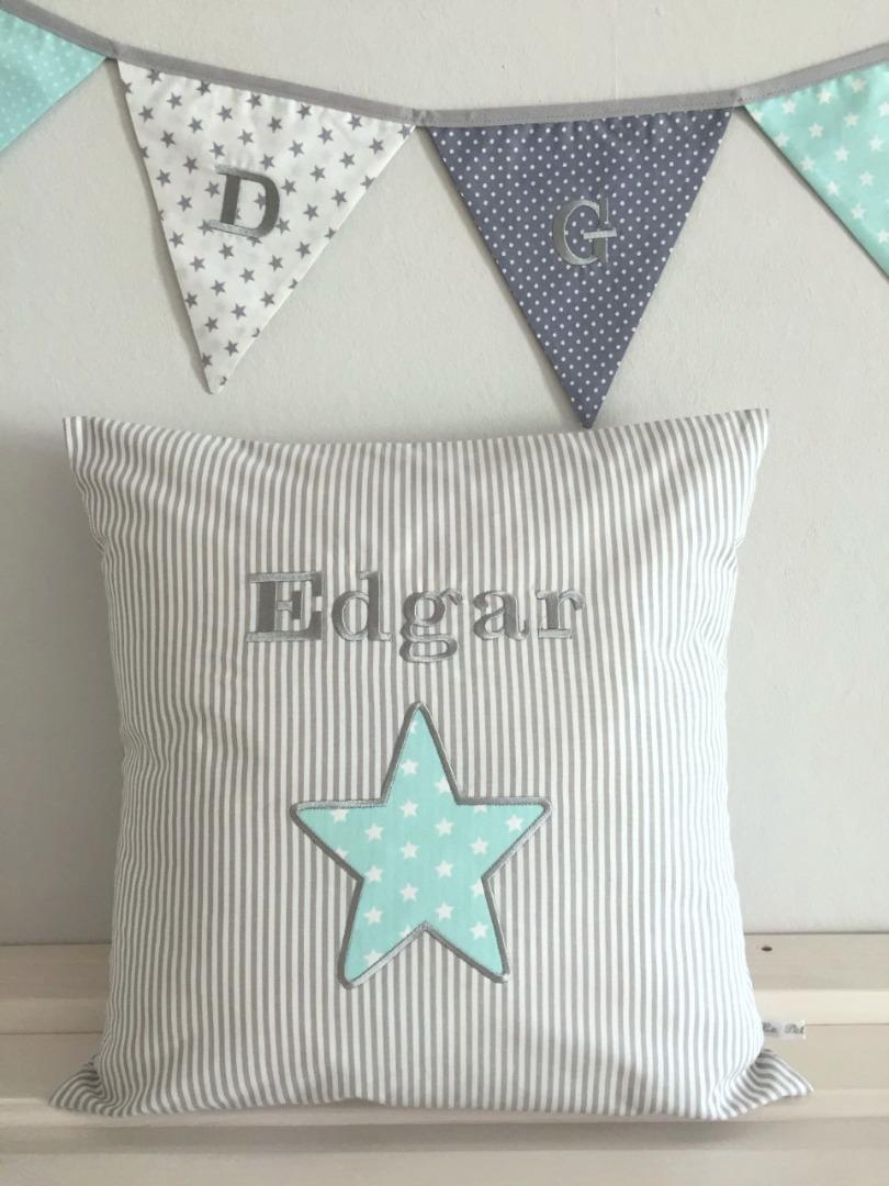 kissen mit namen grau mint personalisierte babygeschenke le petit villa. Black Bedroom Furniture Sets. Home Design Ideas