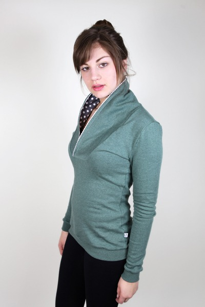 Bio Sweater Kraja grün melange Spitze