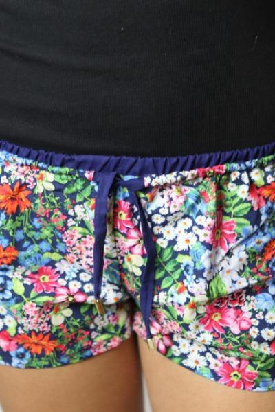 Bio Shorts Smölla Allover Blumen/ marine