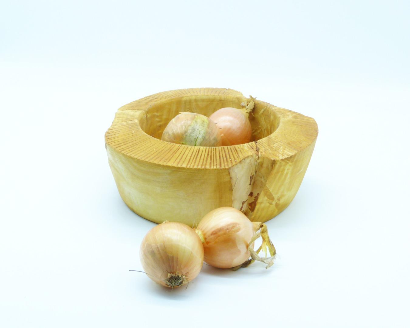 Schale aus Kastanienholz mit Randdekor 3
