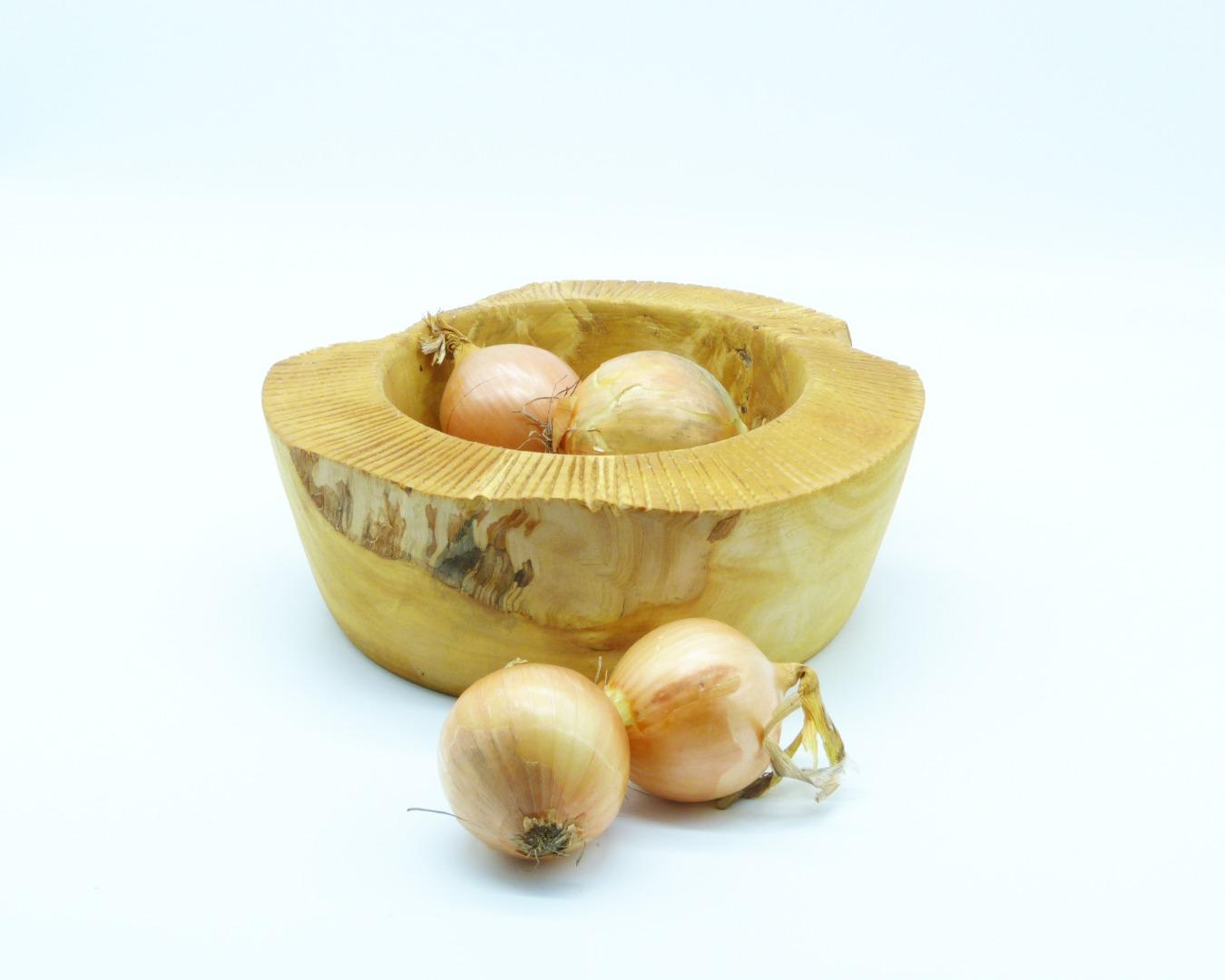 Schale aus Kastanienholz mit Randdekor 4