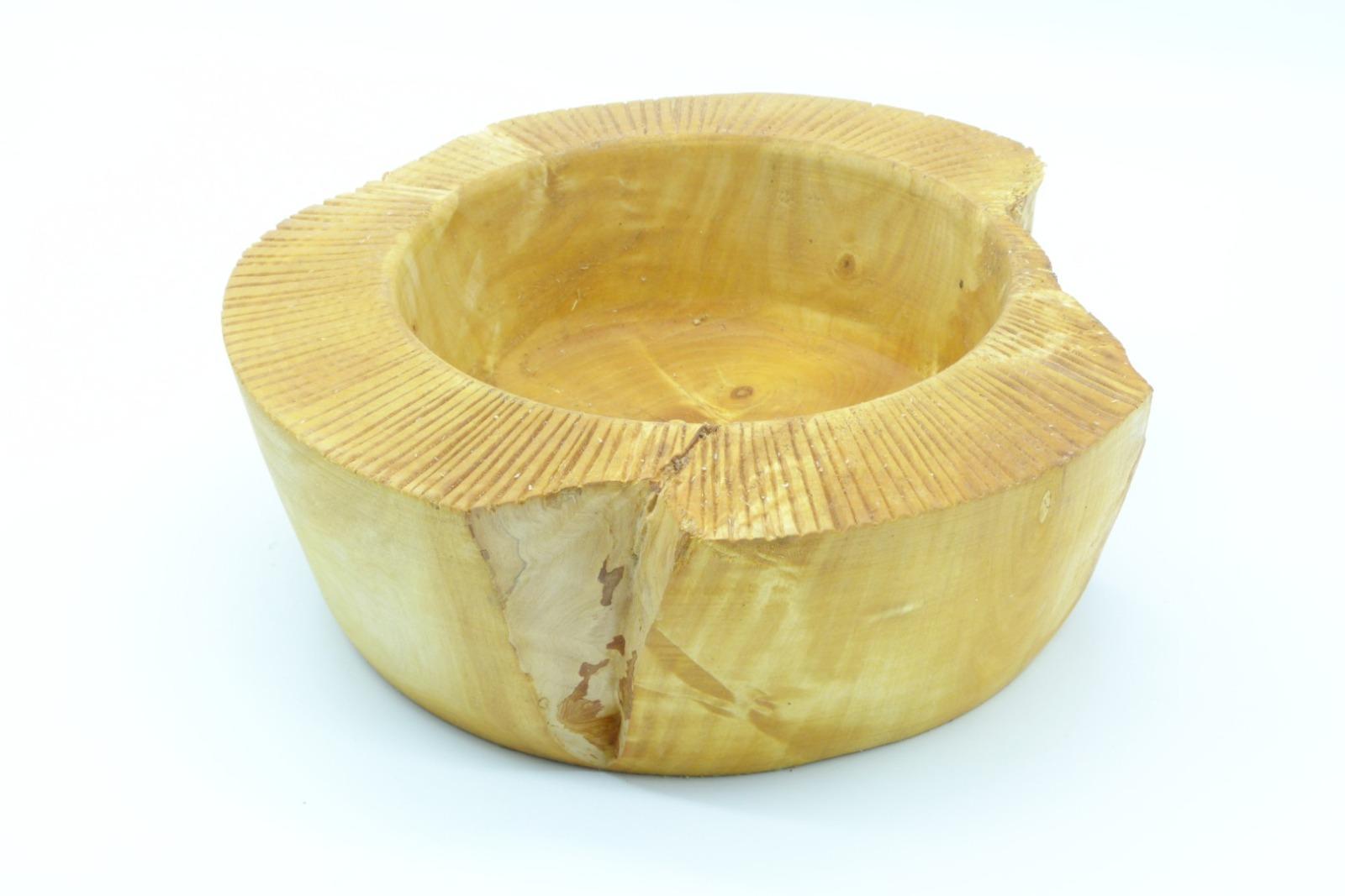 Schale aus Kastanienholz mit Randdekor 5