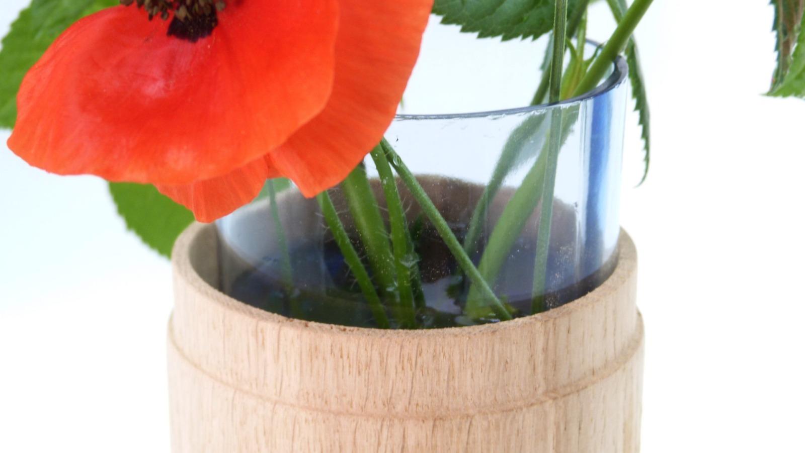 Vase aus Eichenholz 5