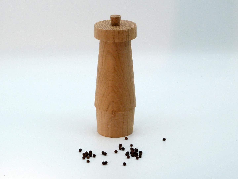 Pfeffermühle Holz Esche hell