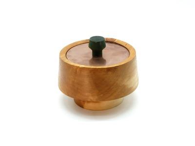 Schmuckdose aus altem Holz handgedrechselte Dose