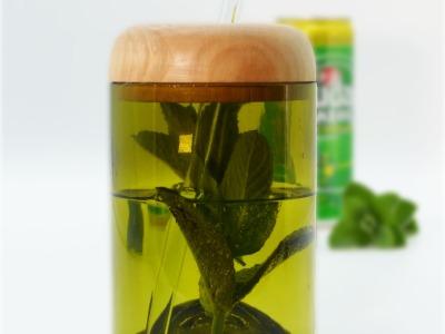 Trinkglas Recycling mit Deckel Glas grünbraun