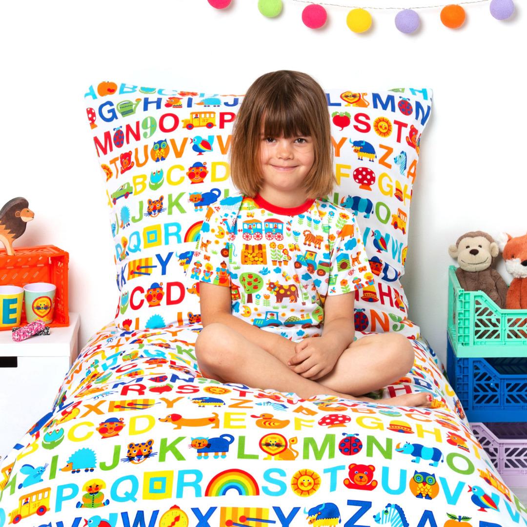 BY GRAZIELA Kinderbettwäsche ABC Regenbogen 2