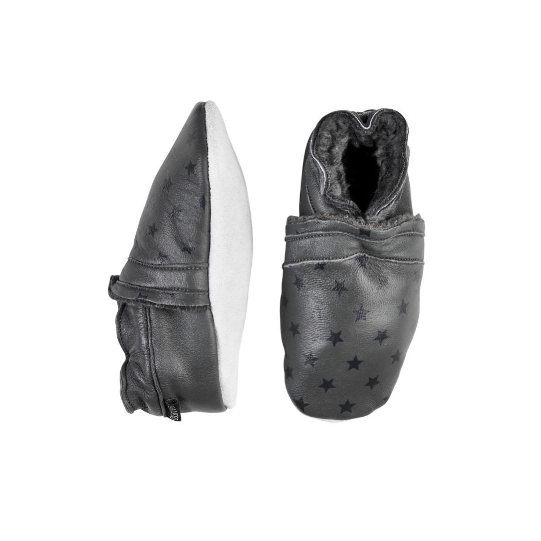 CELAVI Lederpuschen Krabbelschuhe grau Sterne gefüttert