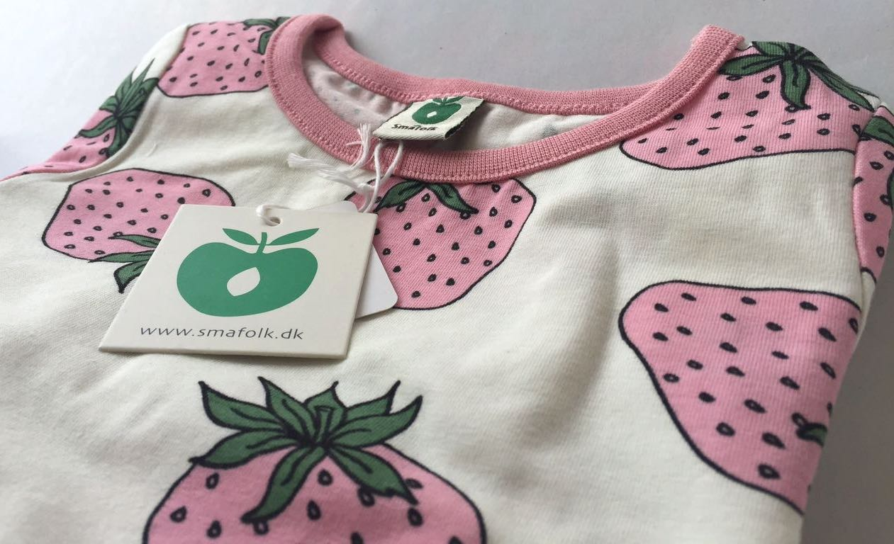 SMAFOLK Kinder Kleid Dress mit Strawberry Erdbeeren Print