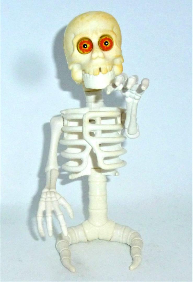 Bad-to-the-Bone Ghost / Knochengeist