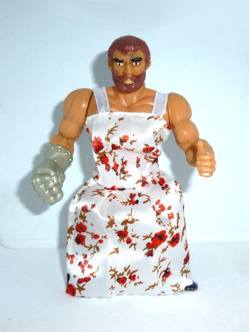 Fisto mit Kleid 3