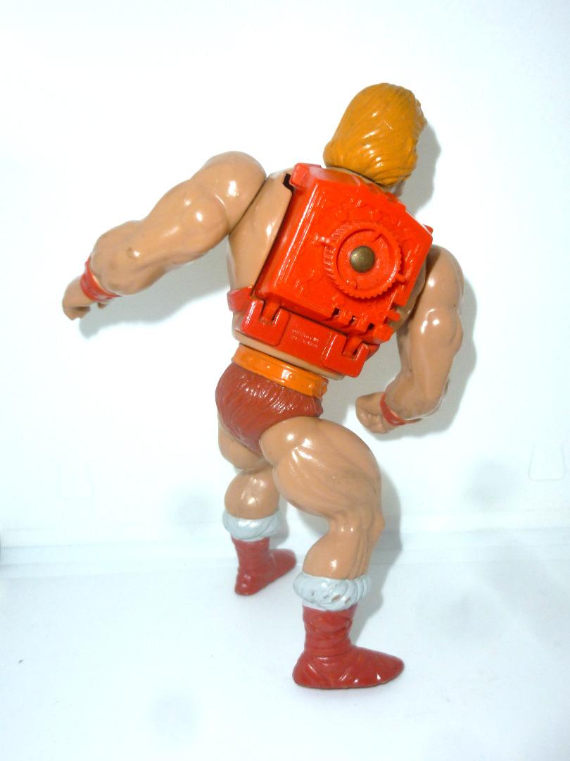 Thunder Punch He-Man 4