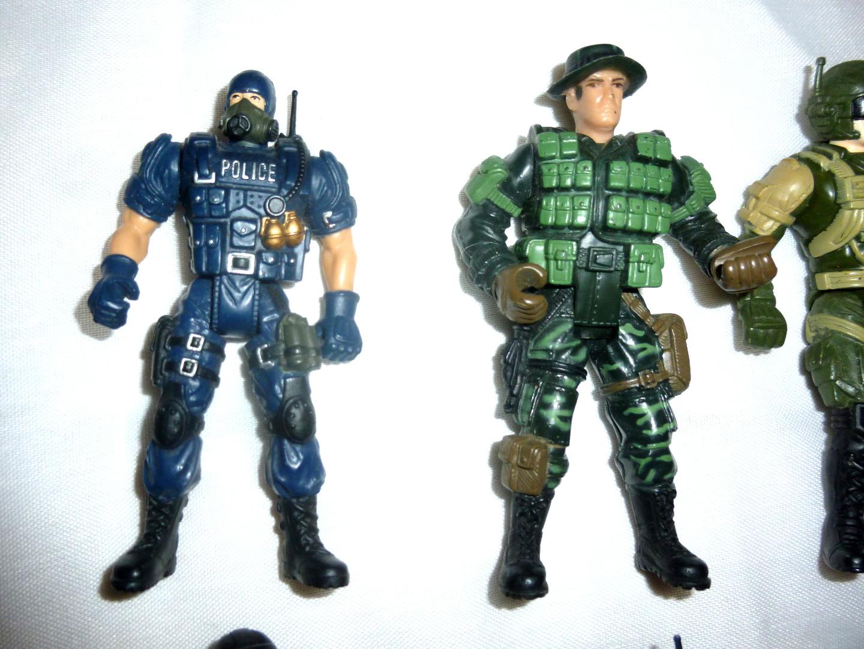 Police Force Actionfiguren 4