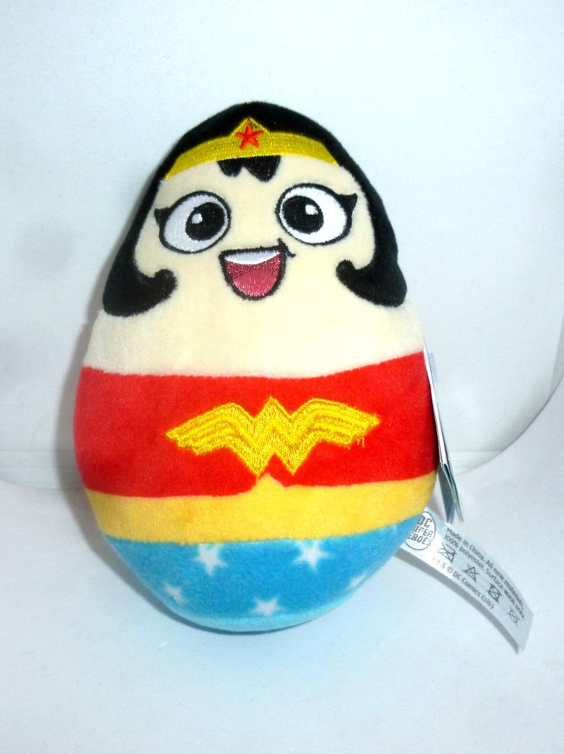 Wonder Woman Plüschfigur - Ei Figur