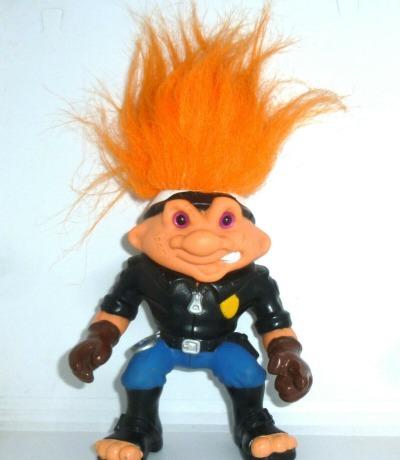 Battle Trolls Officer PaTroll Actionfigur Hasbro