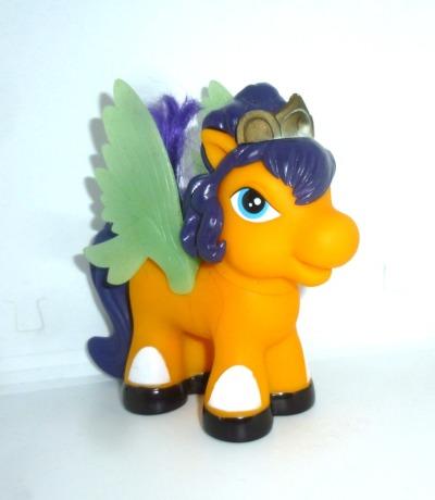 Filly Pony Pferd Beauty Queen Figur