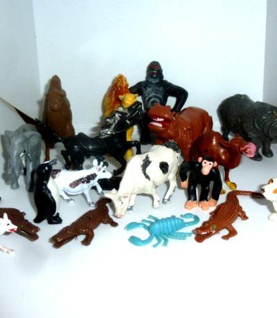 Kleine Plastik-Tiere Set
