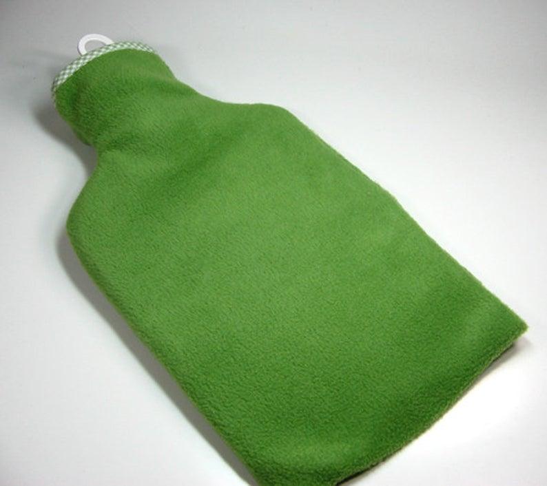 Wärmflasche - Grün mit weißem Schaf