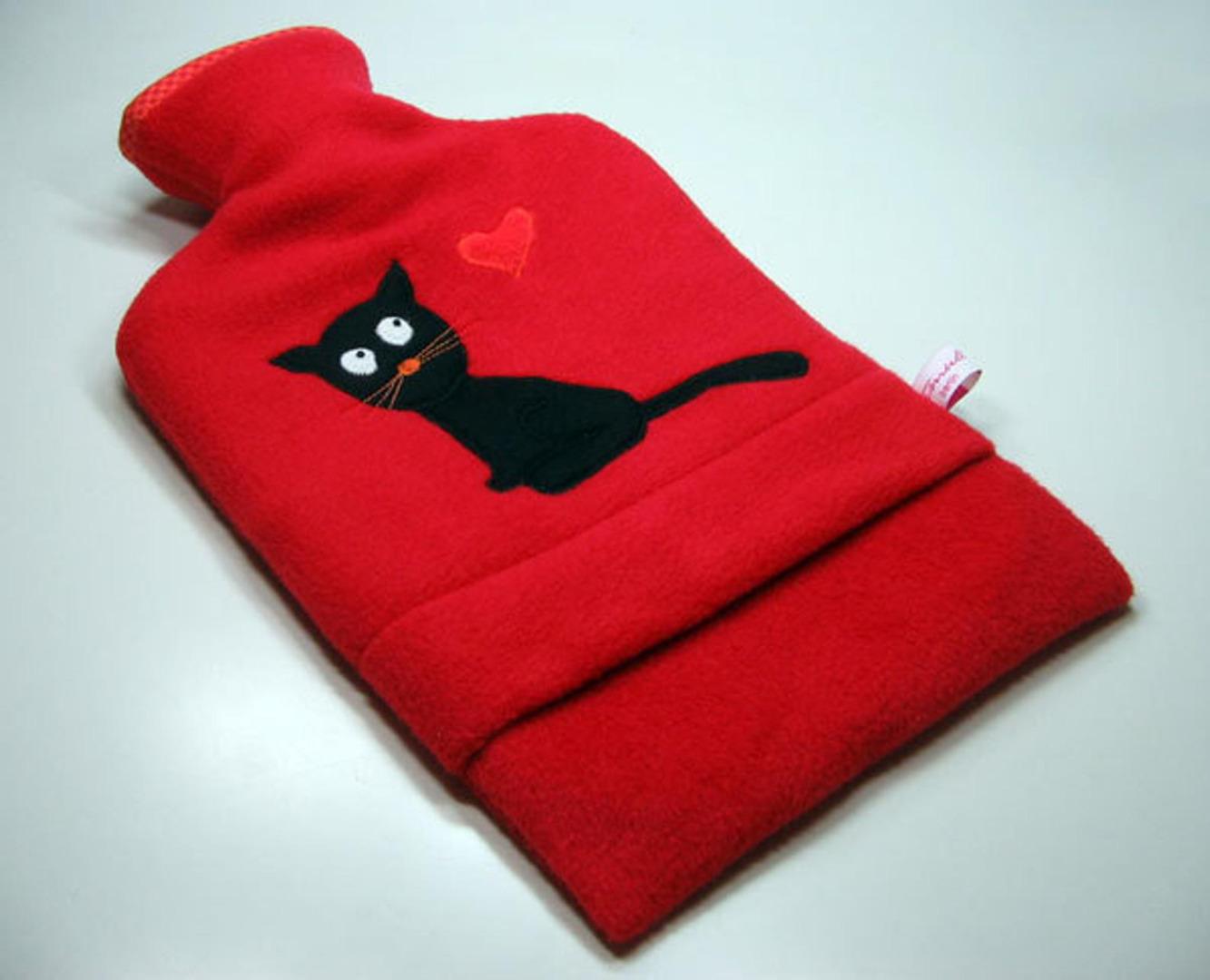 Wärmflasche - Rot mit schwarzer Katze