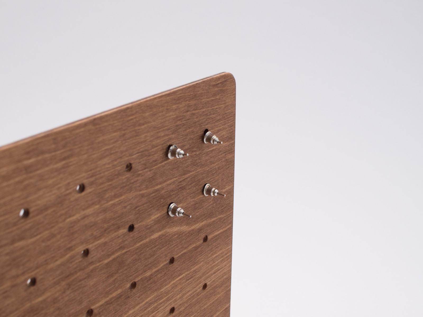 Moderne Ohrstecker Aufbewahrung aus Holz CARD - 8