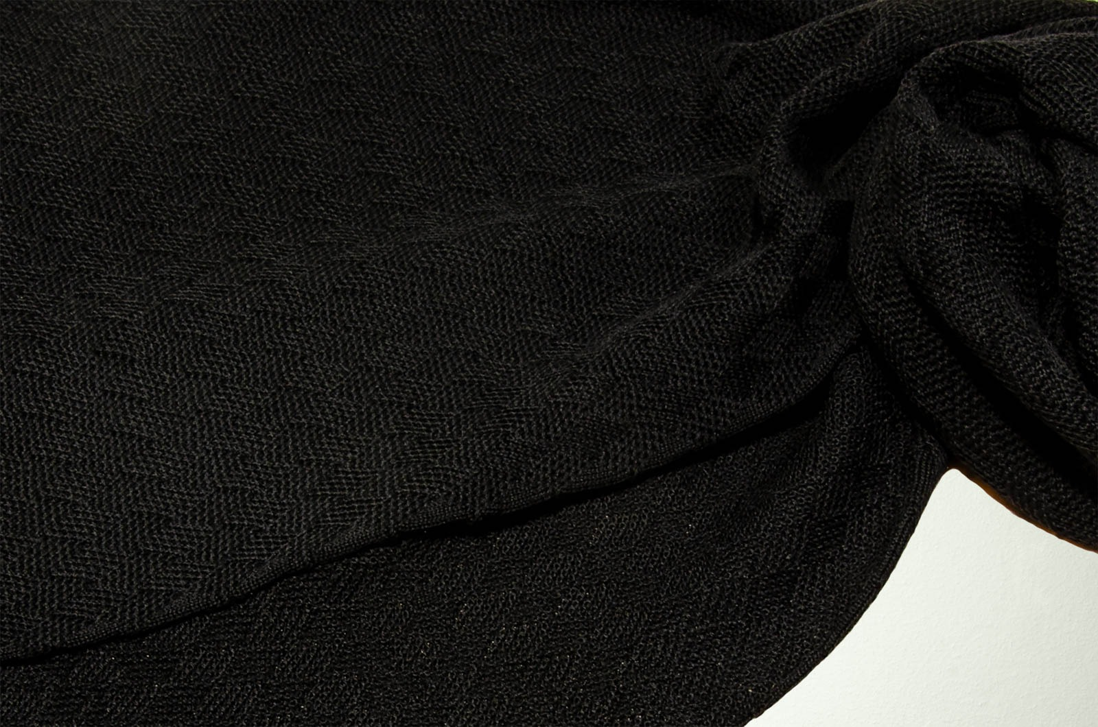 Merino Schal Weboptik einfarbig in schwarz