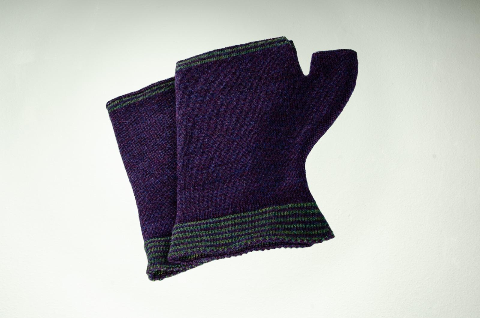 Merino Handwärmer Herren in purpur und