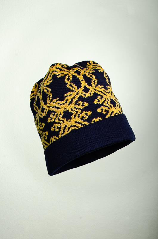 Merino Mütze Kranz in dunkelblau und