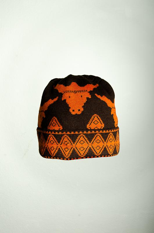 Mütze und Schal Stier 3