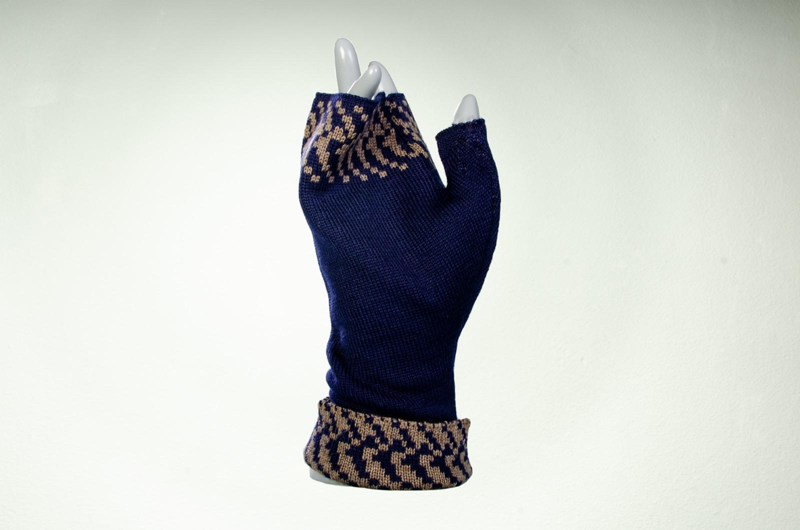 Merino Pulswärmer mit Muster in nachtblau