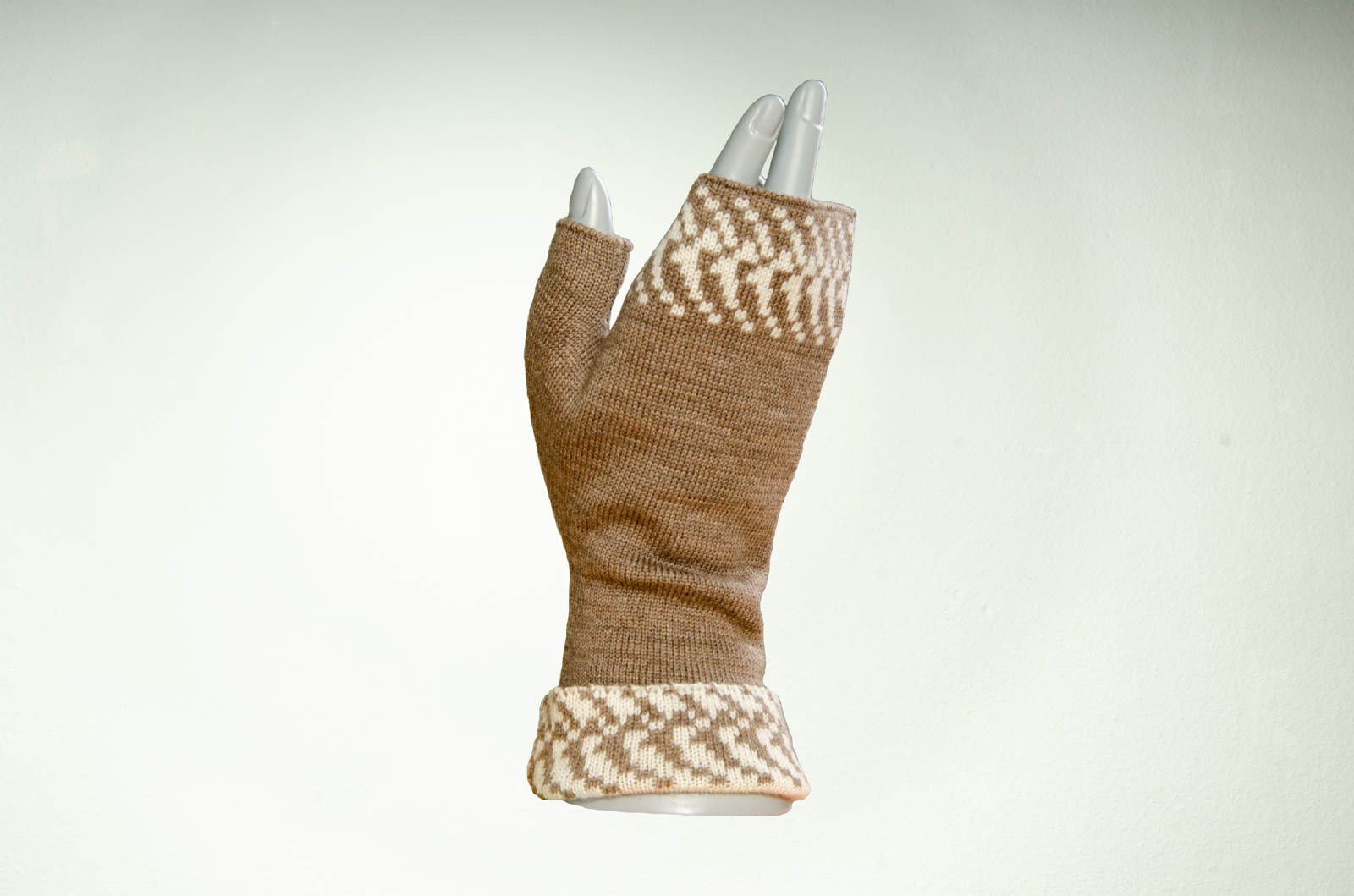Merino Pulswärmer mit Muster in taupe