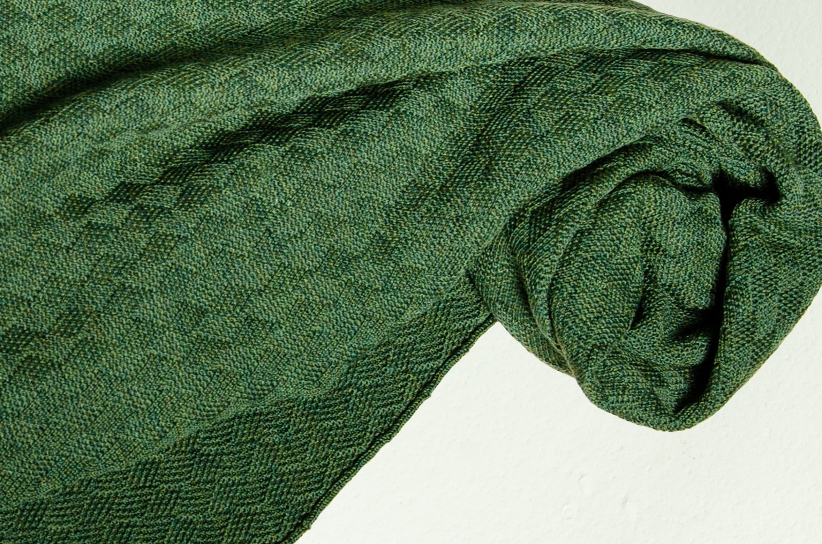 Merino Schal Weboptik einfarbig in dunkelgrün