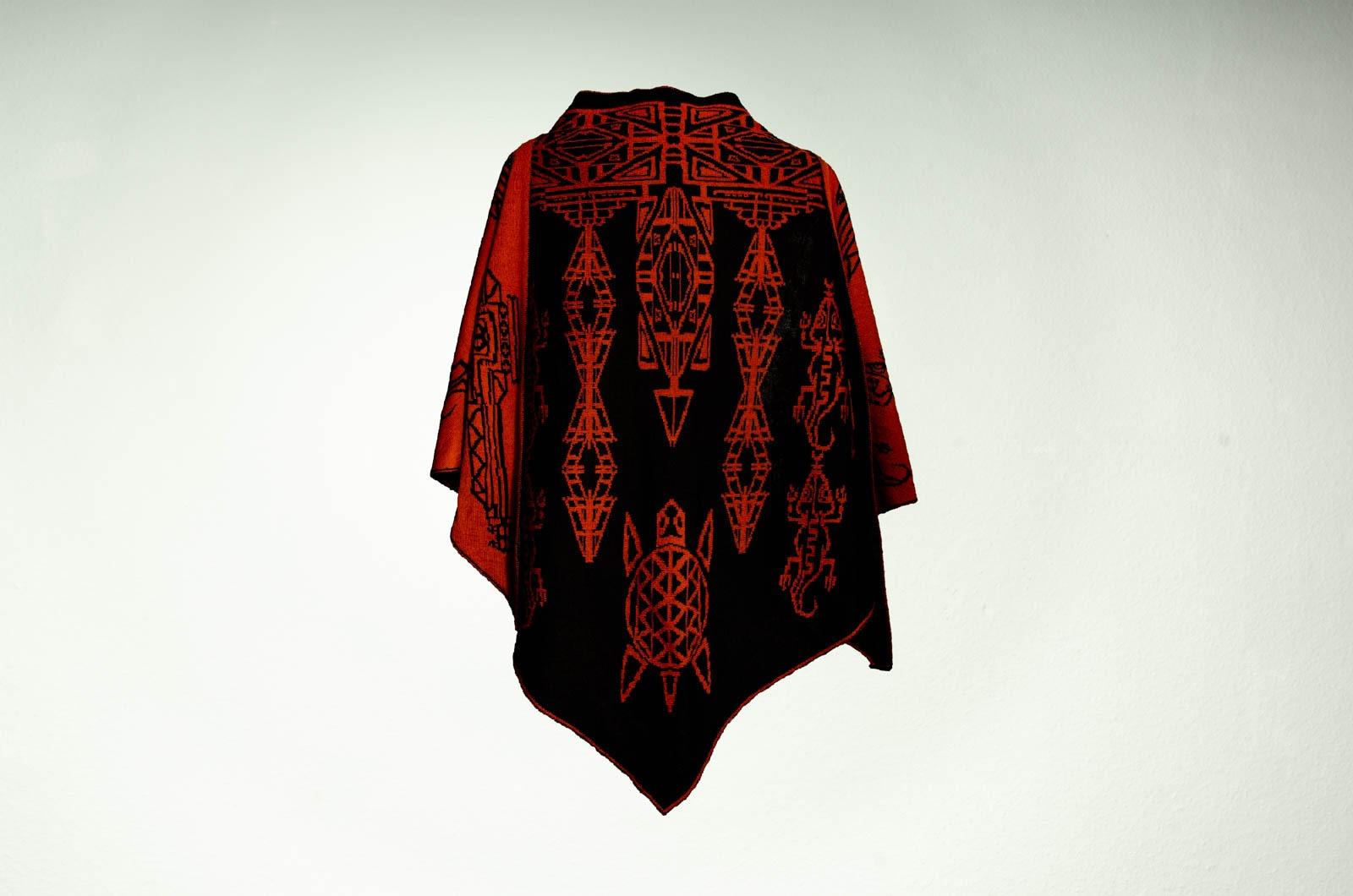 Merino Stola Aztek Damen in schwarz