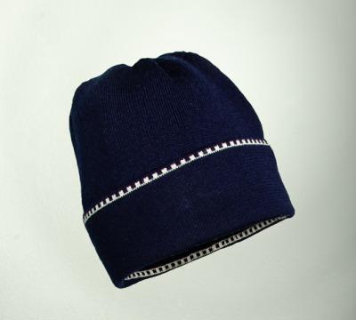 Mütze uni in den Farben nacht