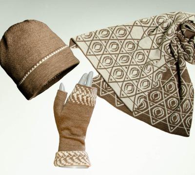 Merino Schal Lotus Mütze und Pulswärmer