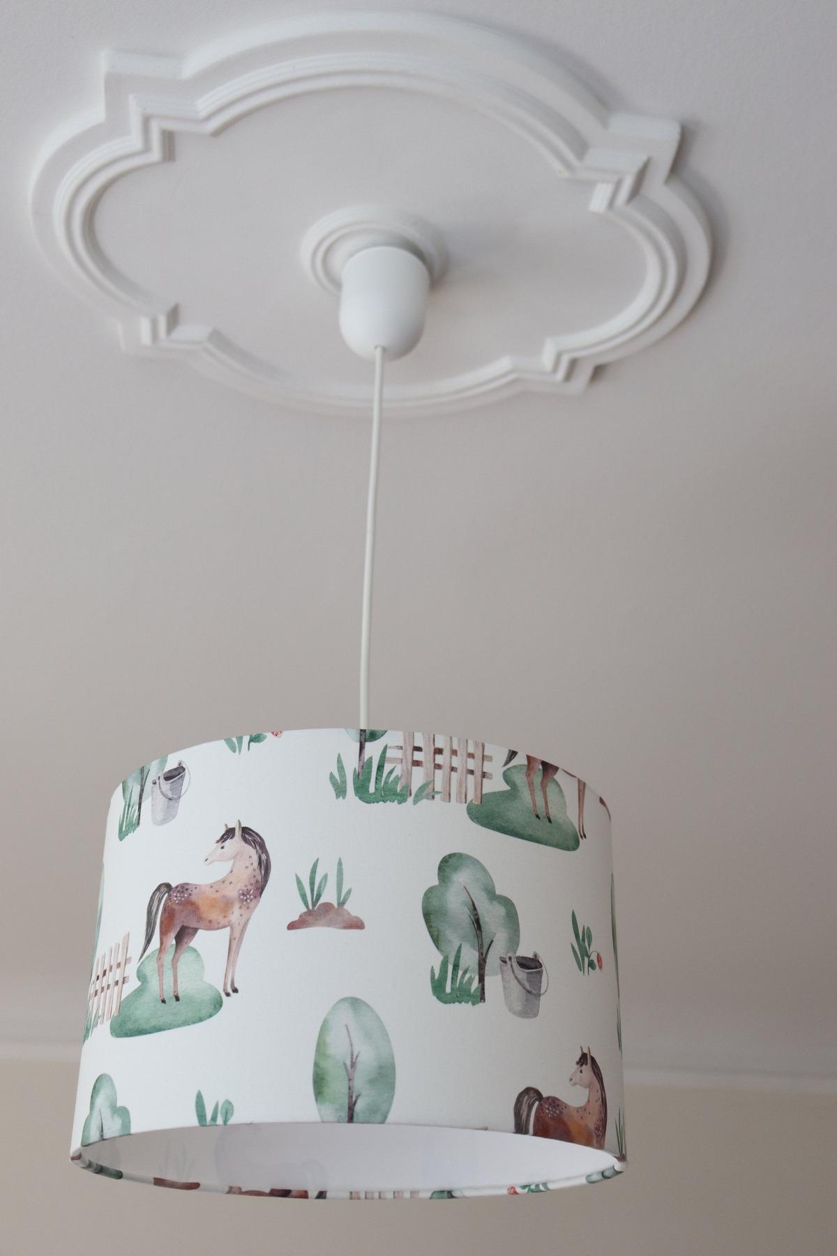 Lampe Kinderzimmer Lampenschirm Mädchen Kinderlampe Pferde Kinderzimmerlampe Tiere