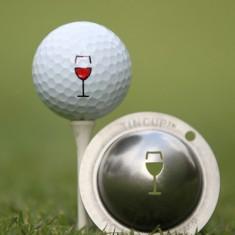 Tin Cup - Napa Valley - Dieser Tin Cup ist eine Ball Schablone aus Edelstahl mit dem Design eines Weinglases. Mit einem feinen und wasserfesten Stift laesst sich dann das Design auf den Golf Ball malen.