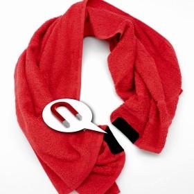 Magnatic Handtuch - Das Magnetic Handtuch kommt mit zwei Magneten die das Handtuch am Platz haelt. Hier kann das Handtuch im Fitnessstudio nicht mehr von der Maschine rutschen.