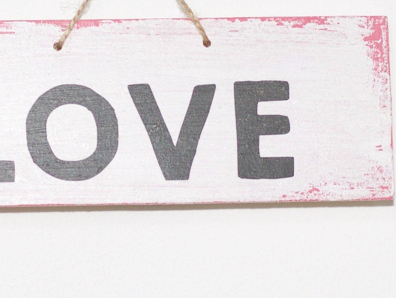 LOVE vintage Holzschild pink weiß sofort