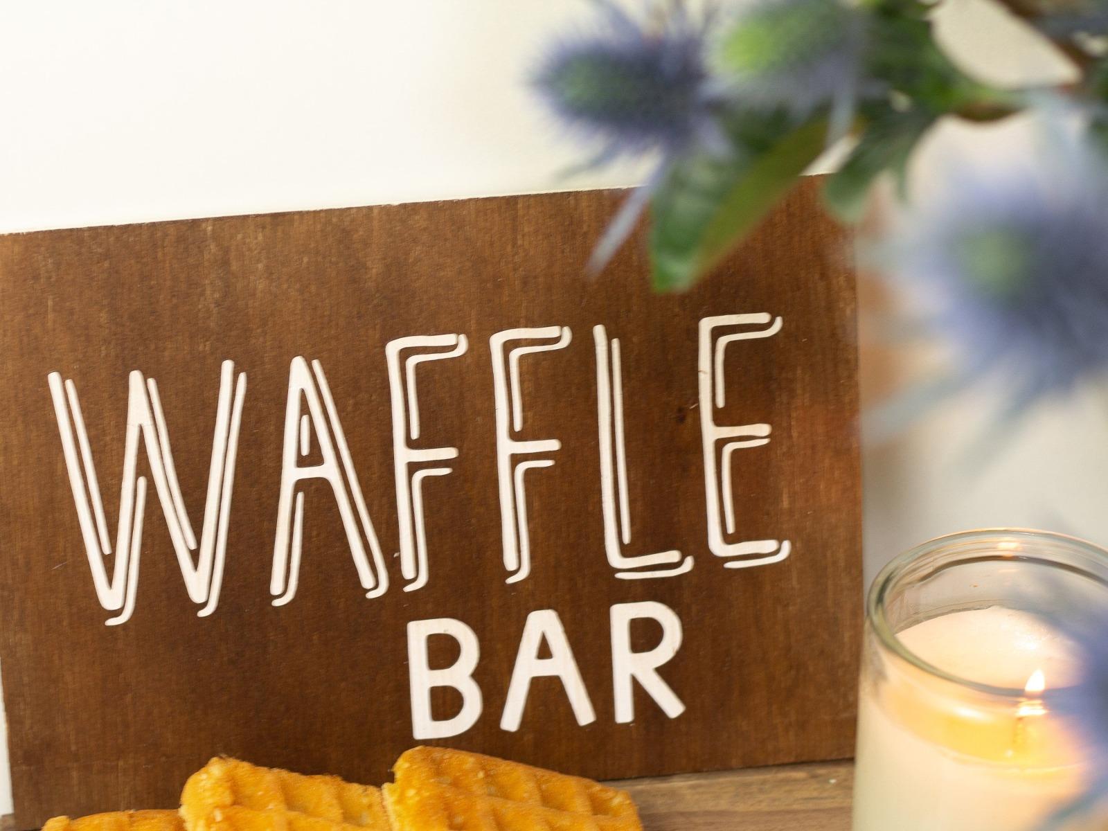 Waffle Bar Holzschild 2